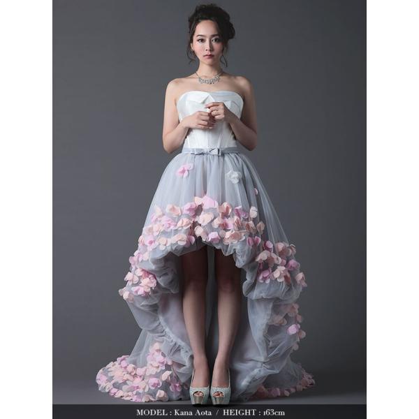 0452d7506bff4 ... キャバ ドレス キャバドレス LaLaTulle ララチュール フラワーモチーフ フィッシュテール ロングドレス ホワイト×グレー ...