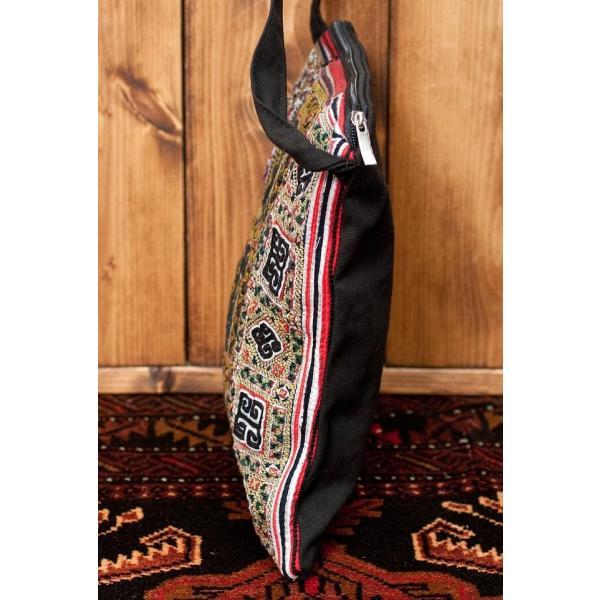 ショルダーバッグ モン族 バック 刺繍 (一点物)モン族刺繍のスクエアショルダーバッグ インド かばん ポーチ エスニック アジア tirakita-shop 05