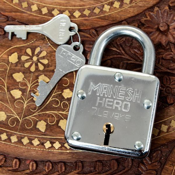 鍵 南京錠 カギ ロック インドの南京錠 MANESH HERO アンティーク ヴィンテージ 防犯 エスニック アジア 雑貨