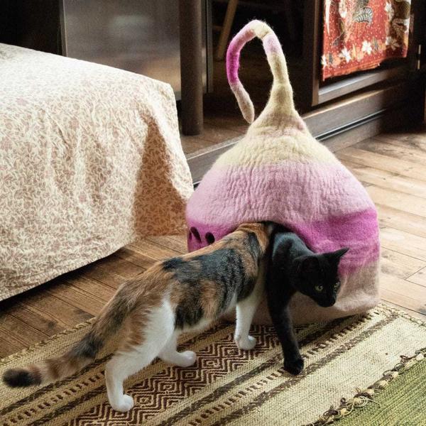 ネパールフェルトのしっぽ付きキャットハウス / ペット用品 猫ハウス レビューでタイカレープレゼント tirakita-shop 03