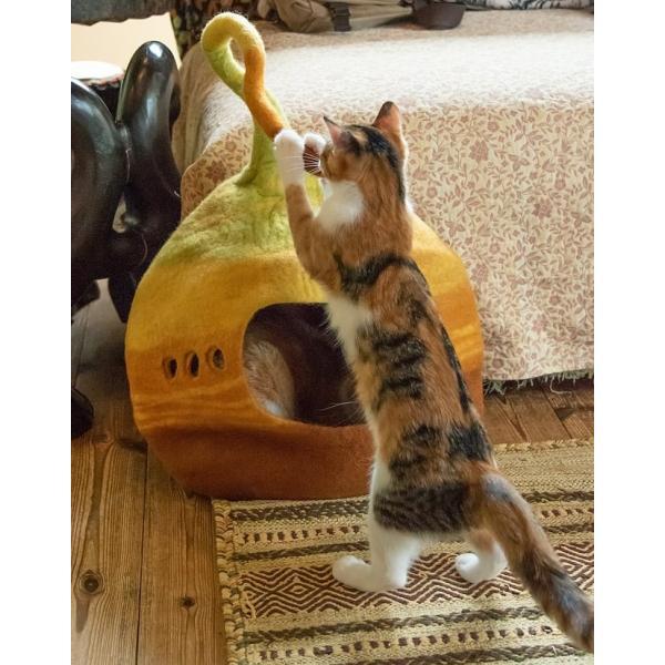 ネパールフェルトのしっぽ付きキャットハウス / ペット用品 猫ハウス レビューでタイカレープレゼント tirakita-shop 10