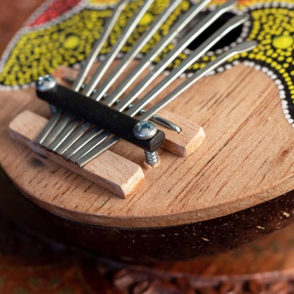カリンバ 親指ピアノ サムピアノ 民族楽器 バリ ココナッツカリンバ ラメラフォーン 7弦ココナッツカリンバ (赤波柄) インド楽器 エスニック楽器|tirakita-shop|03