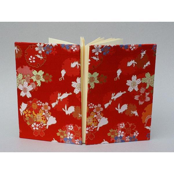 御朱印帳 金襴 織物 兎に雪輪桜 赤