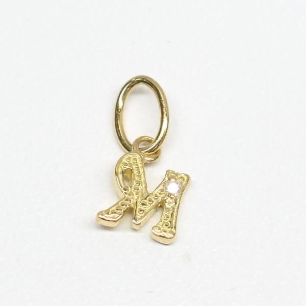 K18 18金 ダイヤ付きイニシャルペンダントヘッド (イニシャルM) ダイヤ0.01ct(ジュエリーケース付き)