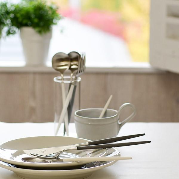 テーブルナイフ クチポール ゴア ホワイト シルバー Cutipol GOA GO.03W|toolandmeal|03