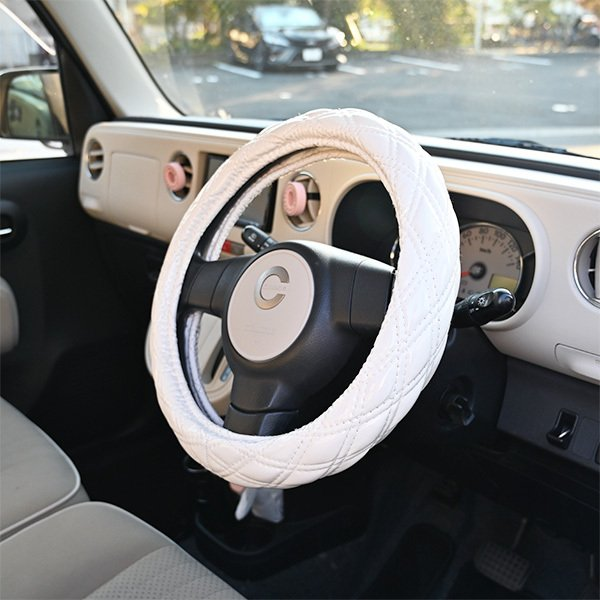 送料無料 ステアリングカバー ハンドルカバー Sサイズ 36cm ホワイト エナメル ダブルステッチ 内装 カスタムパーツ  ワゴンR ハスラー ヴィッツ ジムニー topsense 04
