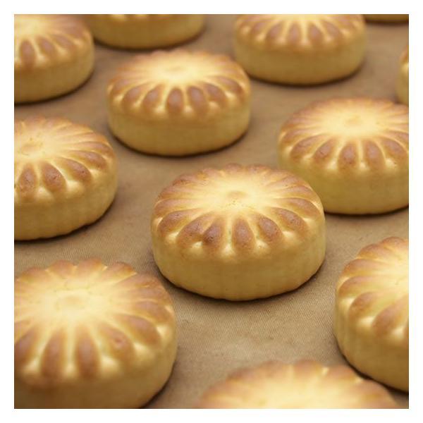 黄身餡を包み込んだ、バニラ風味の乳菓 榮山銘菓 天平花 10個入り|toramin|02