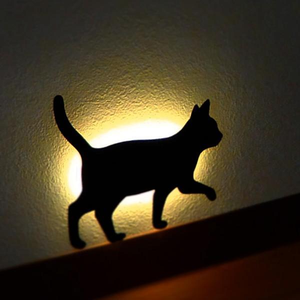 ウォールライト フットライト LEDライト 音感照度センサー 電池式 ネコ キャットウォールライト2 てくてく|toyocase-store