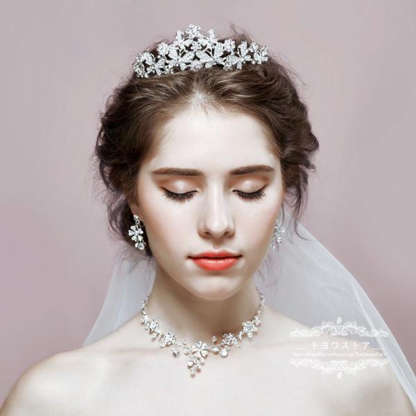 ウエディング ヘッドドレス 安い ティアラ クラウン ネックレス ピアス・イヤリング 結婚式 髪飾り 花嫁 パーティー 披露宴 二次会 ブライダルアクセ 3点セット
