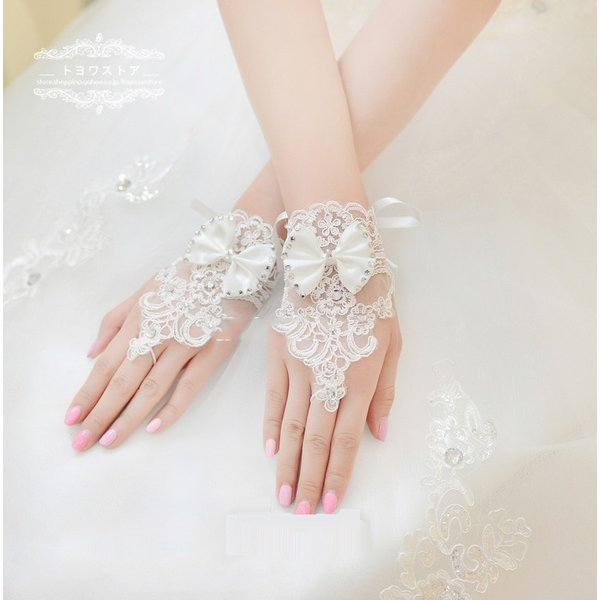 39cb5f4add2bf2 ウエディンググローブ ショート 安い 手袋 結婚式 ブライダルグローブ 花嫁 グローブ 二次会 パーティー ウェディング手袋 フィンガー ...