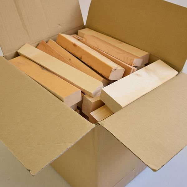 パイン無垢材の端材 DIY 工作 端材詰め合わせ 家具 サイズ不揃い 小物 ハンドメイド trunk-furniture 02