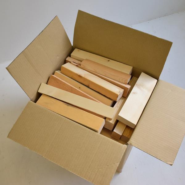 パイン無垢材の端材 DIY 工作 端材詰め合わせ 家具 サイズ不揃い 小物 ハンドメイド trunk-furniture 03