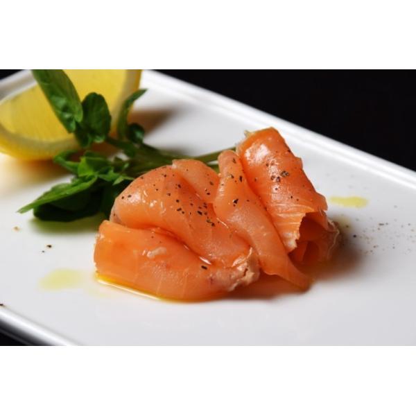 鮭 さけ サケ サーモン  塩だけで作った スモークサーモン  60g × 15P 計900g 冷凍 送料無料 tsukiji-ichiba2 03