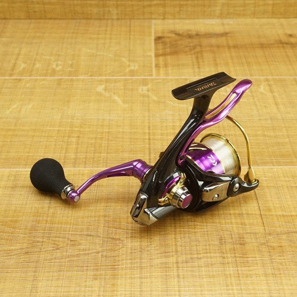 ダイワ 18鏡牙 LBD/R056M タチウオジギング スピニングリール 未使用品|tsuriking|02