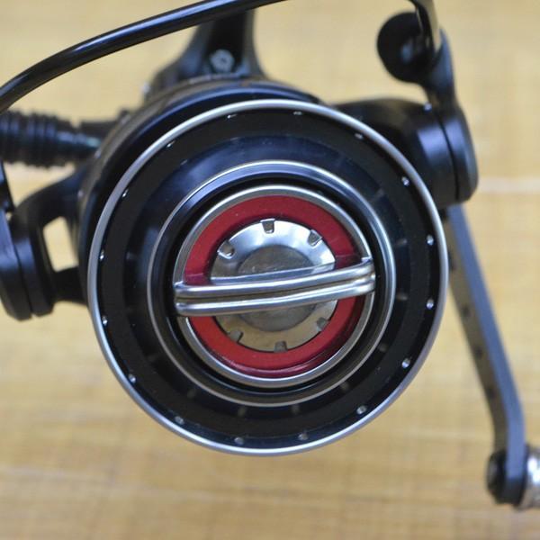 アブガルシア ロキサーニ 3000MSH バランサー付/X008M 美品 スピニングリール|tsuriking|07
