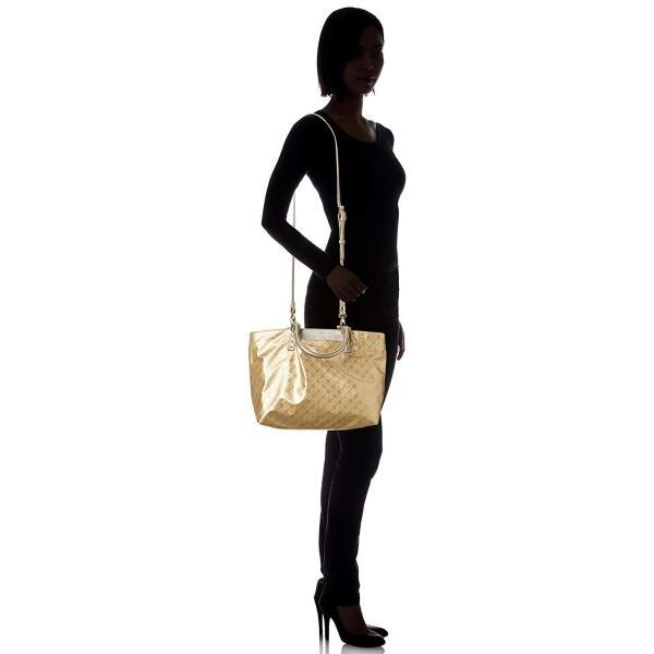 ゲラルディーニ ショルダーバッグ_Ladies フェミニンなフォルムに、外ポケットやショルダーストラップを付属したデザインと機能性が融合した