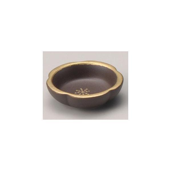 和食器金彩梅型珍味/大きさ・5.6×1.7cm