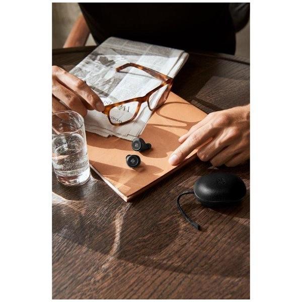 正規取扱店 2年保証B&O PLAY  BeoPlay E8 / Black / マイク付 / bluetooth4.2対応イヤフォン / Bang&Olufsen Umeda|umd-tsutayabooks|02