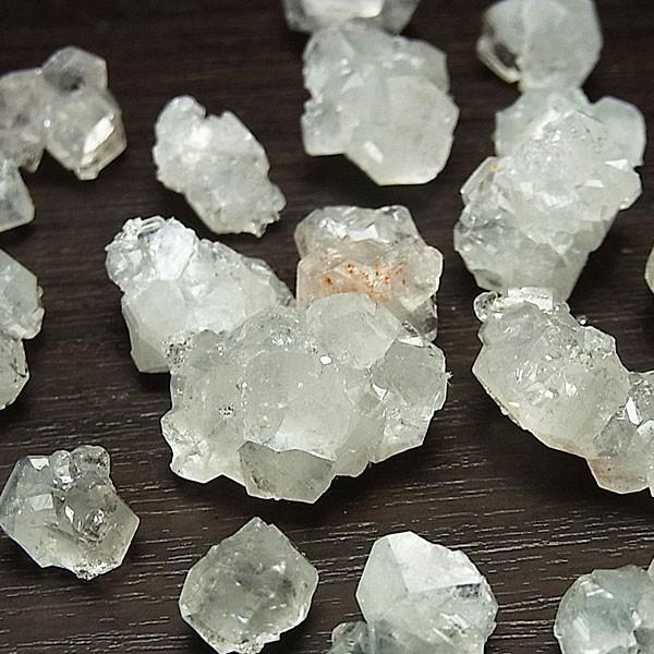 アポフィライト ミニ結晶 原石 詰め合わせ(インド・ジャルガオン産)(約50gアソートセット)アポフィライト|魚眼石|アソート|天然石|パワーストーン||up-stone
