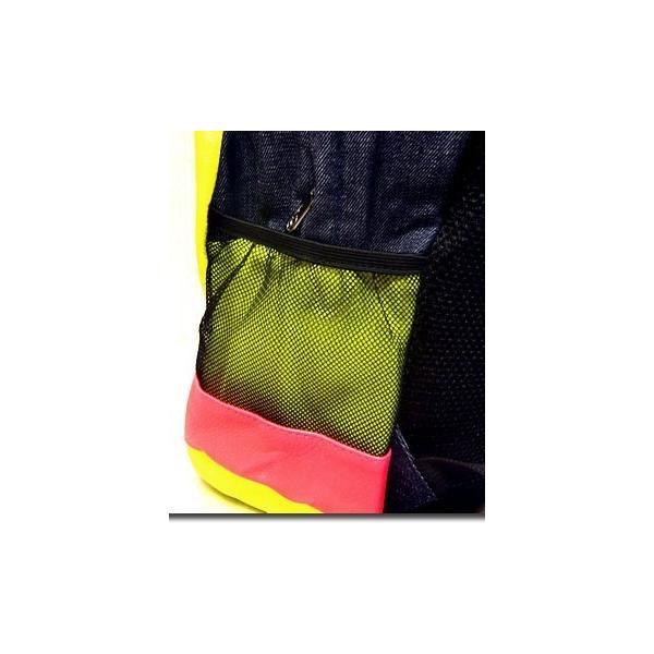 メンズバッグ バッグ カラフルなネオンカラーで今季注目度大 非常に大きなメガジップファスナー付き切替えデイバッグ|update|08