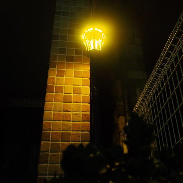 街灯 ソーラー式 アンティーク 外灯 LED ソーラーライト 屋外 おしゃれ 庭 おしゃれな街灯 レトロな街灯 ledソーラー ガーデンライト ポール 埋め込み|usagi-shop|10
