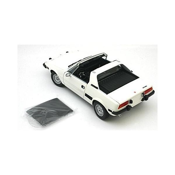 フィアット X1/9 1974 ホワイト (1/18 ミニチャンプス100121665)|v-toys|05