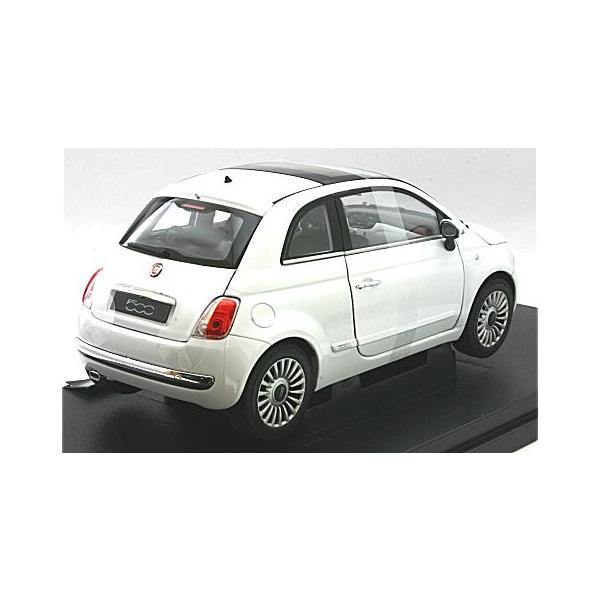 フィアット 500 2007 ホワイト (1/18 ウエリーWE18012W)|v-toys|02