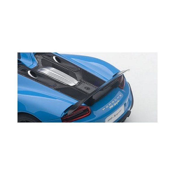 ポルシェ 918 スパイダー バイザッハ・パッケージ ライトブルー (1/18 オートアート77924)|v-toys|04
