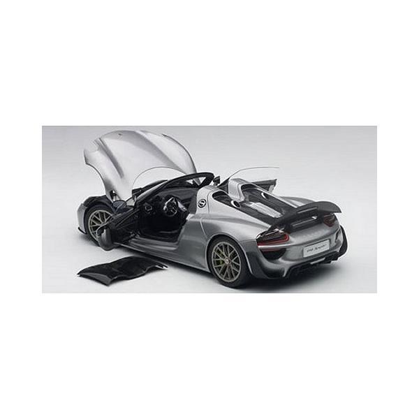 ポルシェ 918 スパイダー バイザッハ・パッケージ シルバーM (1/18 オートアート77925)|v-toys|03