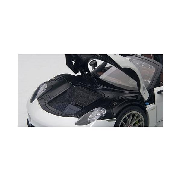 ポルシェ 918 スパイダー バイザッハ・パッケージ ホワイト (1/18 オートアート77926)|v-toys|02
