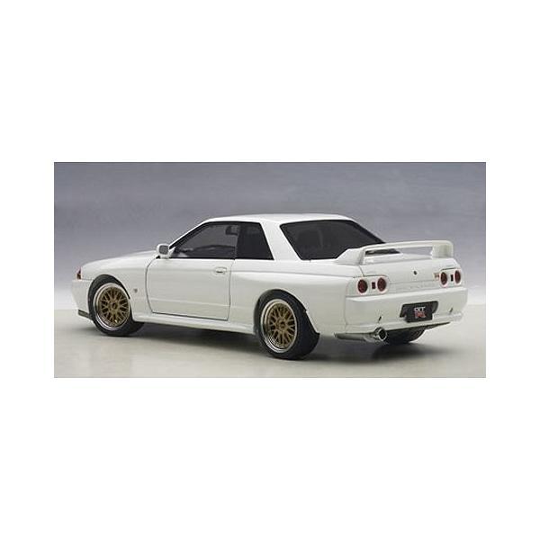ニッサン スカイライン GT-R (R32) V-Spec II チューンド・バージョン ホワイト (1/18 オートアート77416)|v-toys|05