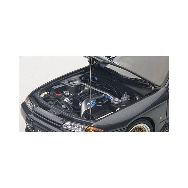 ニッサン スカイライン GT-R (R32) V-Spec II チューンド・バージョン ガングレーM (1/18 オートアート77417)|v-toys|02