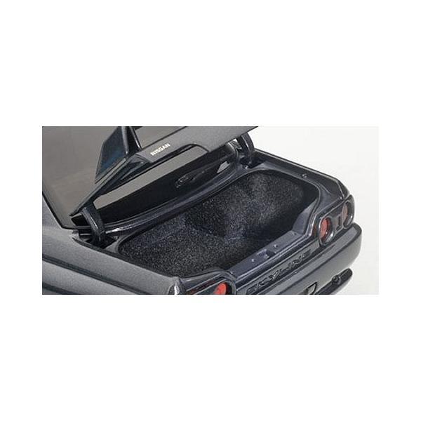 ニッサン スカイライン GT-R (R32) V-Spec II チューンド・バージョン ガングレーM (1/18 オートアート77417)|v-toys|04