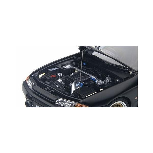 ニッサン スカイライン GT-R (R32) V-Spec II チューンド・バージョン マットブラック (1/18 オートアート77418)|v-toys|02