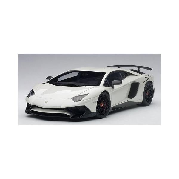 ランボルギーニ アヴェンタドール LP750-4 SV パールホワイト (1/18 オートアート74555)|v-toys