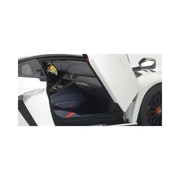 ランボルギーニ アヴェンタドール LP750-4 SV パールホワイト (1/18 オートアート74555)|v-toys|03