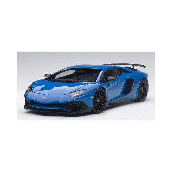 ランボルギーニ アヴェンタドール LP750-4 SV ブルー (1/18 オートアート74559) v-toys