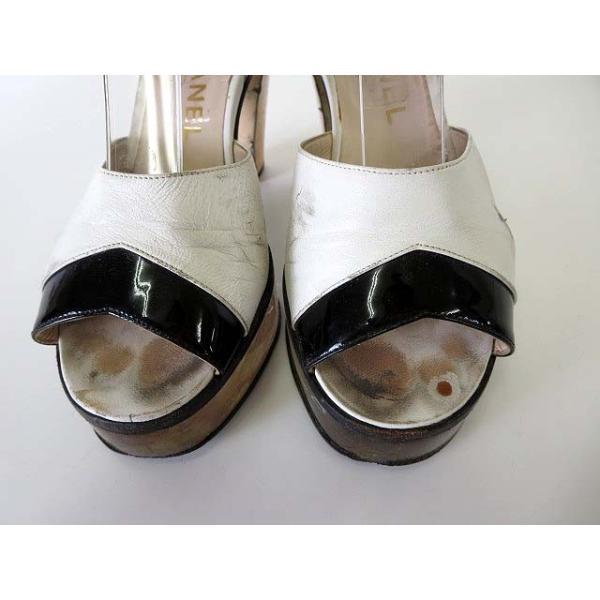 シャネル CHANEL サンダル エナメル レザー ロゴ 刻印 アンクルベルト 35 白 黒 ブラック くつ 靴 シューズ レディース 【中古】【ベクトル 古着】|vectorpremium|05