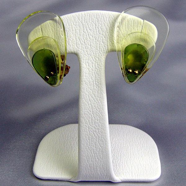 イヤリング ドイツ製 プラスティク  クリップ グリーン