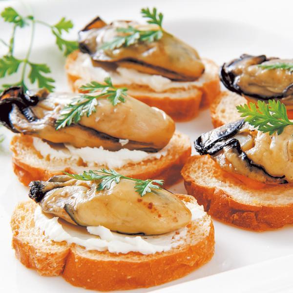 三陸牡蠣の産燻製オリーブオイル漬 お取り寄せ 通販 お土産 お祝い プレゼント ギフト おすすめ