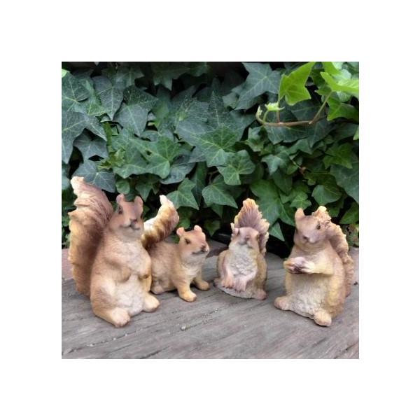 りすの置物 仲良しリス4品セット N13486 動物 オーナメント オブジェ ガーデン ガーデニング 庭 置物 マスコット 雑貨 小物 ディスプレイ