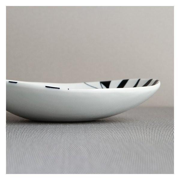 砥部焼 おしゃれ 【オーバルディッシュ S】 お皿 取皿 小鉢 小物入れ 窯元 和将窯 Washo-010 wapal 04