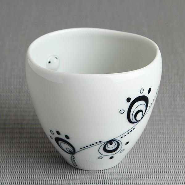 猫のカップ 砥部焼 おしゃれ 【猫のかくれんぼ】 フリーカップ 受賞作品 窯元 和将窯 Washo-w4|wapal|04