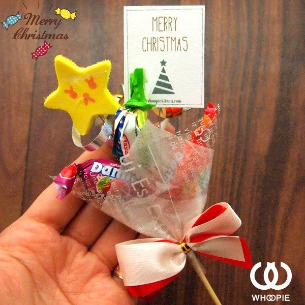 ラムネチョコキャンディのお菓子が選べる!スマイルピック付きクリスマスキャンディブーケ・レッド|whoopie|02