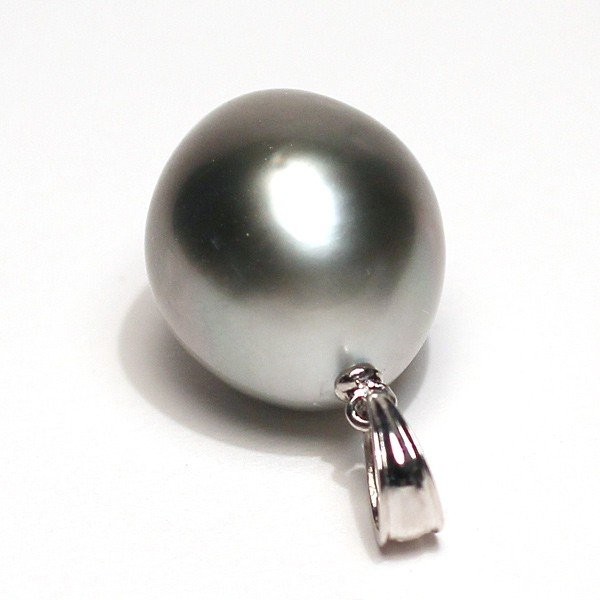 黒蝶真珠K18WGペンダント幅12mm縦14mm少しいびつなラグビーボール形|wizem|05
