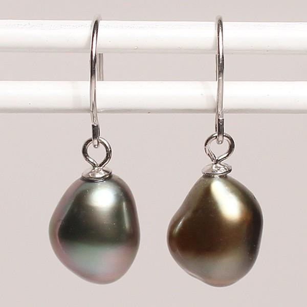 黒蝶真珠のケシフックピアスK14WG身に着けた際正面から見える全長約17mm真珠含 選べる送料360円ポスト投函対応商品|wizem