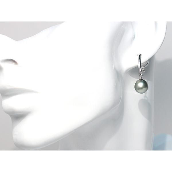 ブラックパールイヤリング幅9.3mm縦10mmUP 色の違う黒蝶真珠 シルバー製ソフトタッチイヤリング正面からみた全長約28mm真珠含む wizem 05