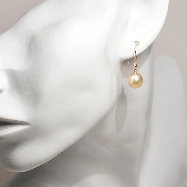 パールピアスK18ゴールド色幅9mm縦9.7mmUPつりばりフックピアス南洋白蝶真珠/正面からみた全長約26mm wizem 07