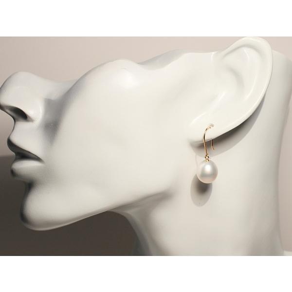 パールピアスK18白蝶真珠幅10.3mm縦11.5mmUPフックピアス正面からみた全長約26mm|wizem|08