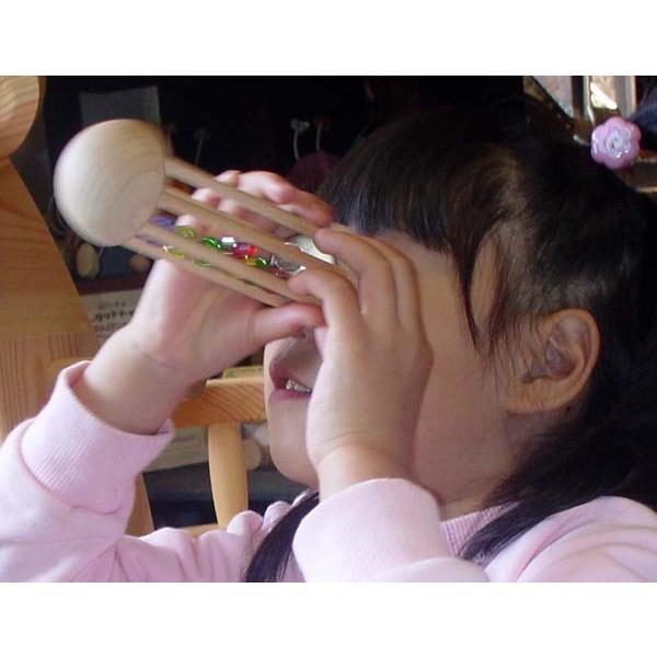 木のおもちゃ 出産祝い 知育 1歳 2歳 3歳 手作り 誕生日/ ビー玉万華鏡  光に透かして覗いてごらん鮮やかに宇宙(そら)に広がる色模様|wooden-toys|06